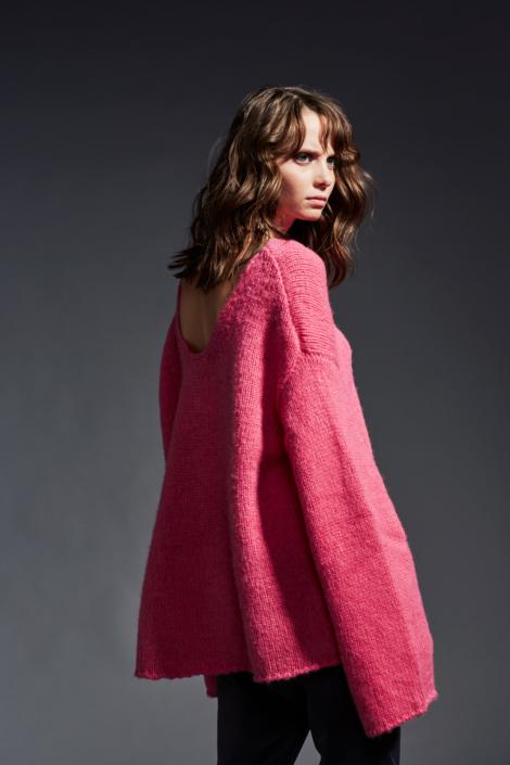 lis-lareida-campaign-fw19_fantasy-knit-sweater